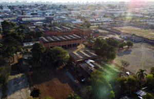 Vista aérea da fábrica desativada que receberá o festival TribalTech Escape, no bairro Prado Velho, em Curitiba.