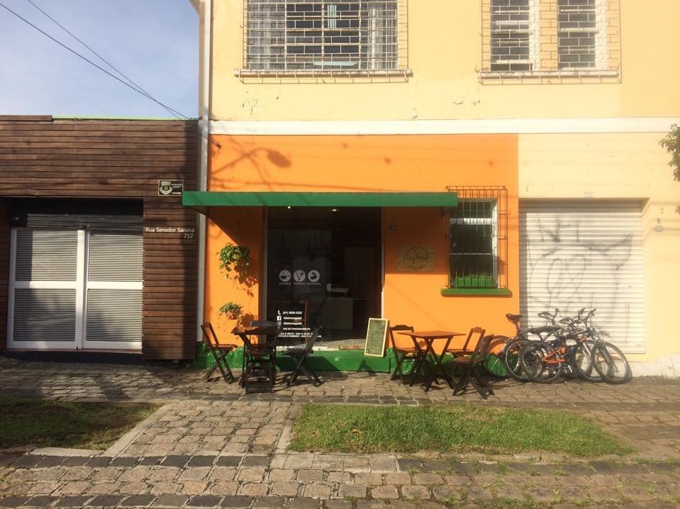 Fachada do restaurante Veg & Tal, aberto em junho no bairro São Francisco. Foto: Reprodução/Facebook