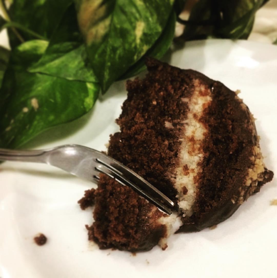 As sobremesas são todas sem glúten no Veg & Tal. Foto: Reprodução/Facebook
