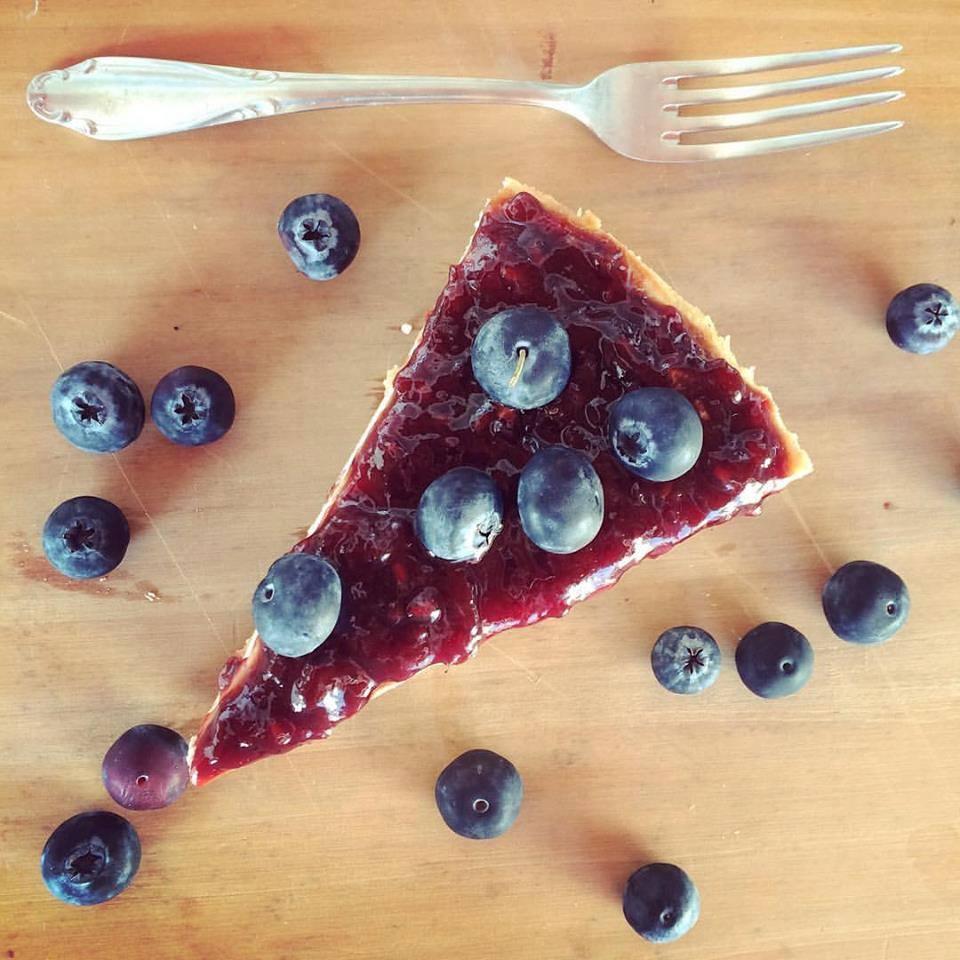 O cheesecake vegan com geleia de amora é uma das receitas ensinadas no workshop. Foto: Divulgação/Facebook