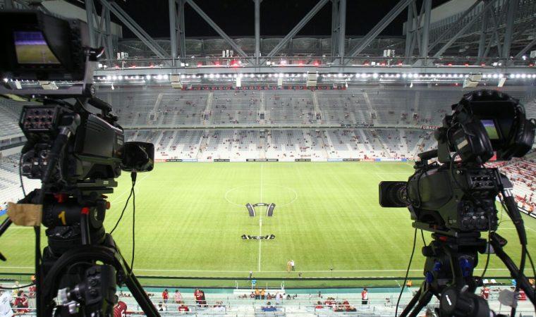 Atlético e Coritiba acertam transmissão de finais Atletiba no Youtube/Facebook