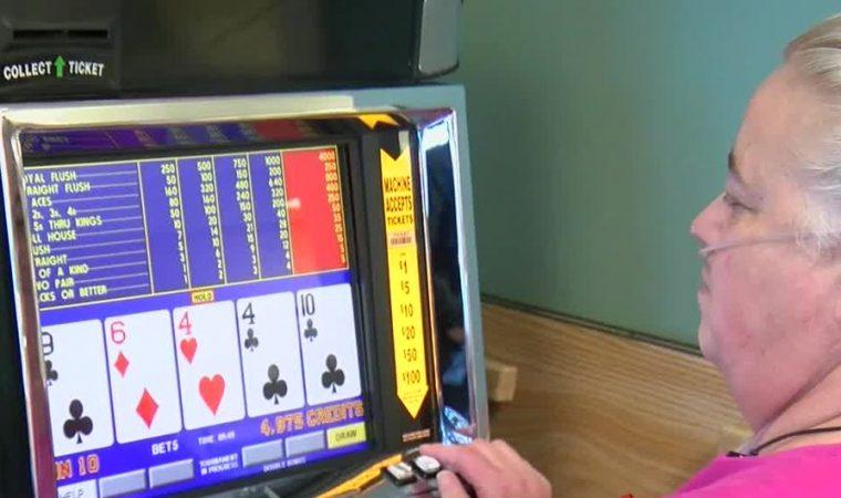 Poker ajuda na reabilitação de pacientes em hospital