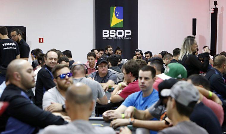 Apesar do sucesso, volta do Brasileiro de poker para Curitiba é incerta