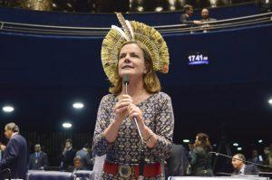 A senadora Gleisi Hoffmann (PT-PR), em sessão no Senado Federal