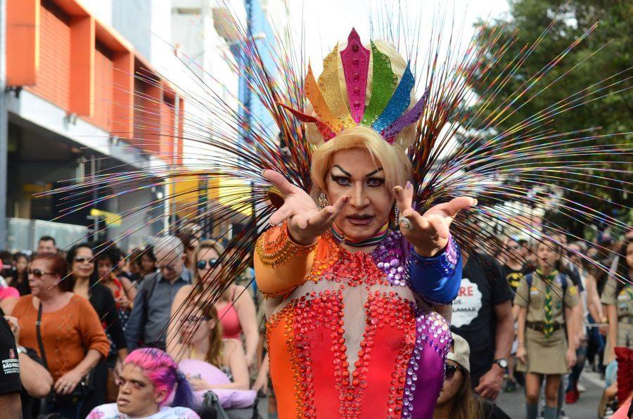 São Paulo - 21ª Parada do Orgulho LGBT, com o tema Independente de nossas crenças, nenhuma religião é lei. Todas e todos por um Estado laico, na Avenida Paulista