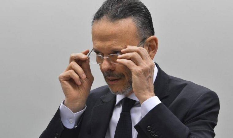 Ex-presidiente do BNDES diz que empréstimo à JBS deu lucro ao banco