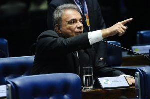 Alvaro Dias: partido novo para 2018. Foto: Geraldo Magela/Ag. Senado.