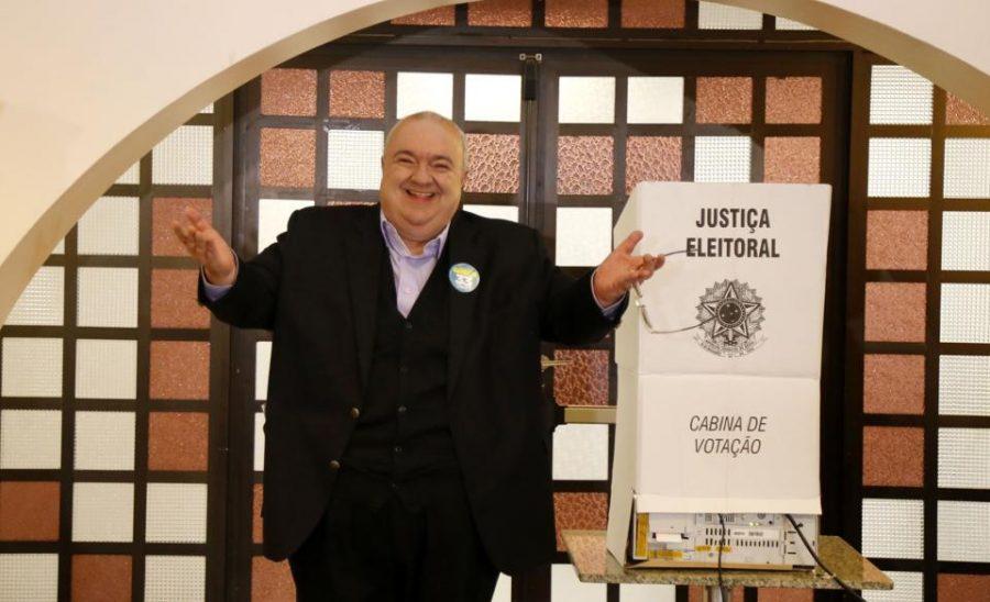 Rafael Greca: um discurso na eleição, outro depois de eleito. Foto: Pedro Serápio/Gazeta do Povo.