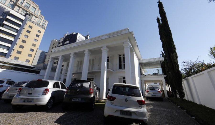 Lounge Batel, onde está o Batel Poker Clube. Foto: Albari Rosa/Gazeta do Povo