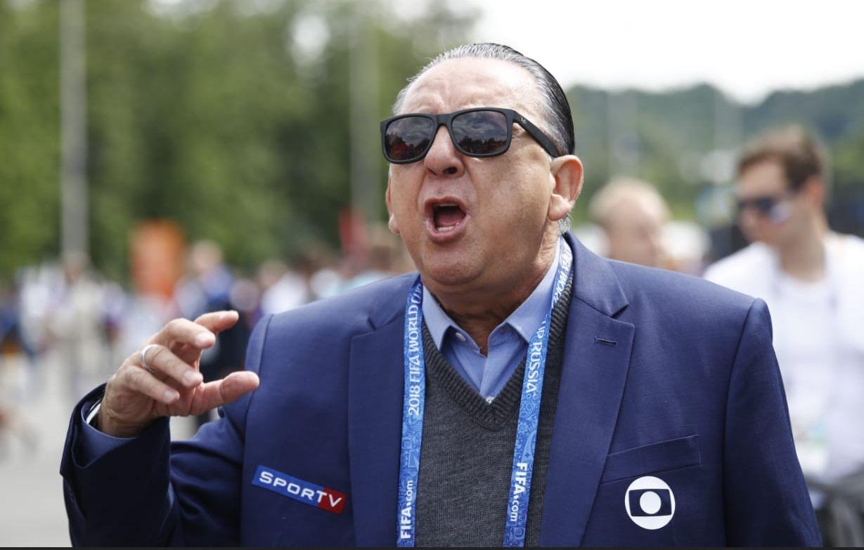 Galvão Bueno diz que estreia do Brasil desmoraliza árbitro de vídeo
