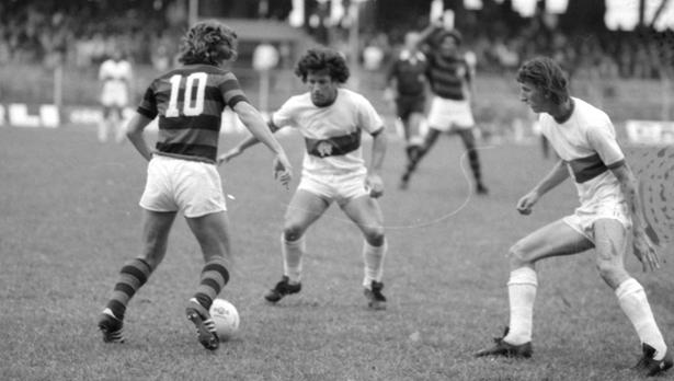 Com Zico 'novato', Flamengo venceu o Atlético em Curitiba há 44 anos; veja fotos