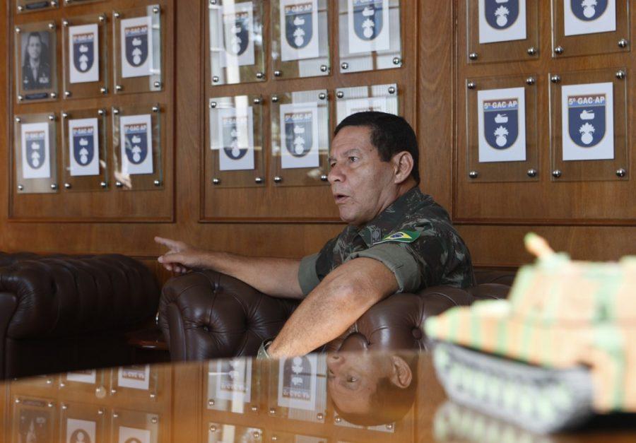 General Mourão: exaltado pela associação de empresários de Ponta Grossa.